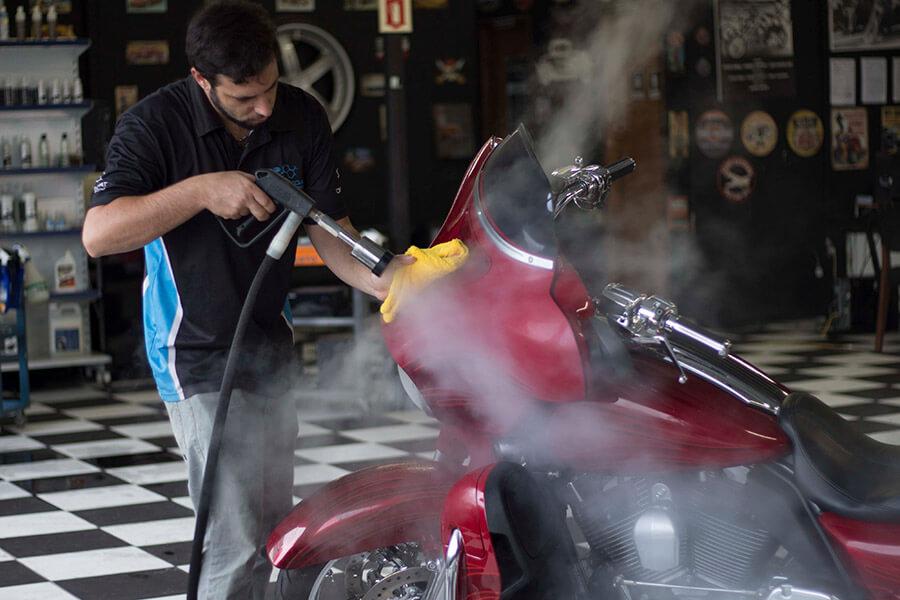 Como o vapor pode ser um grande aliado na limpeza de motos.   Jet Vap - Lavadoras a Vapor